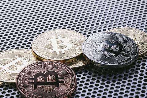 【仮想通貨】ビットコイン、1カ月ぶり安値 コインの分裂を懸念