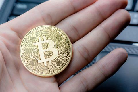 【仮想通貨】世界的に金銭からビットコインへの置き換えが本格化←銀行とか不要になるんじゃね??
