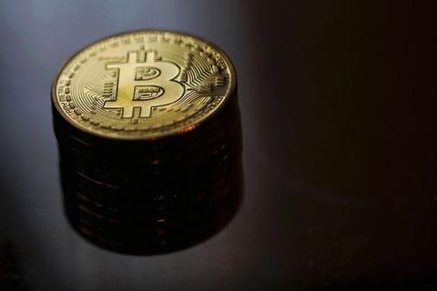 【仮想通貨】ビットコインって50%の保有者が「上がる」と信じる限り上がり続けるんじゃね?